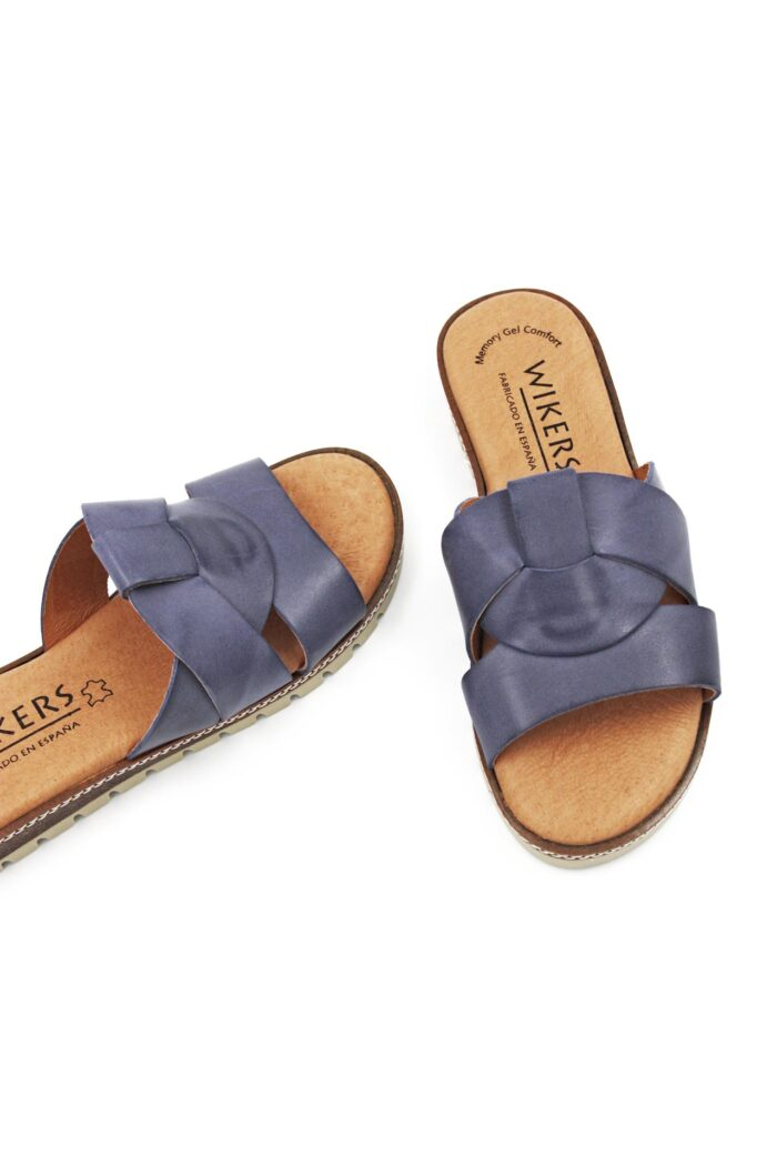 LEATHER BLUE SANDAL
