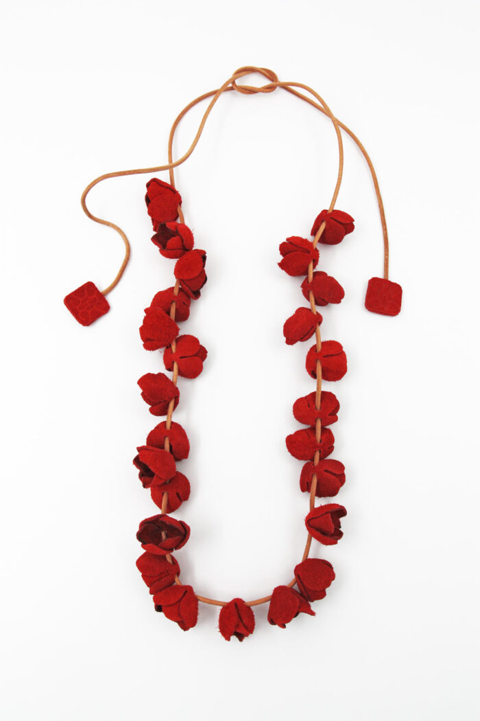 COTTON FLOWER LEATHER NECKLACE LONG RED
