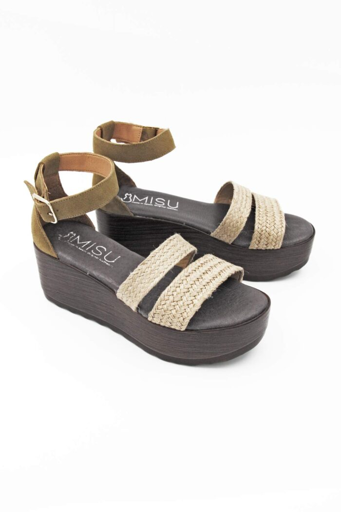 KHAKI SUEDE AND WICKER ANATOMIC FLATFORMS