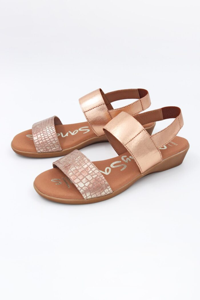 NUDE LEATHER SMALL WEDGED SANDALS