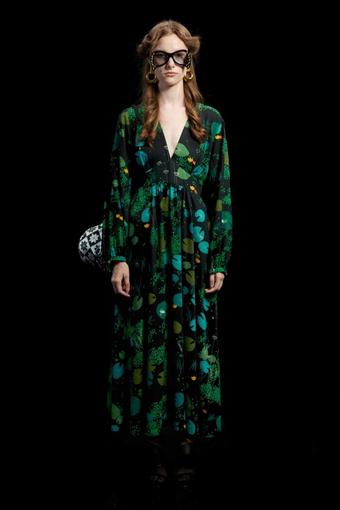 WE ARE FROGS LAKE V-BUST MAXI DRESS