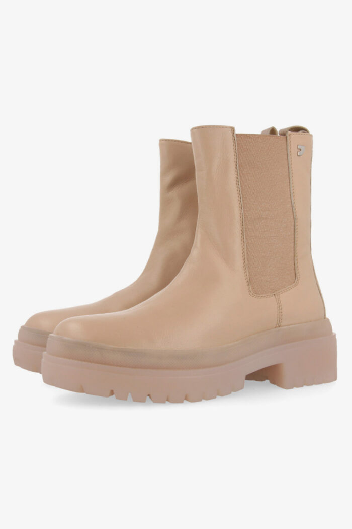 NUDE SHORT BOOTS